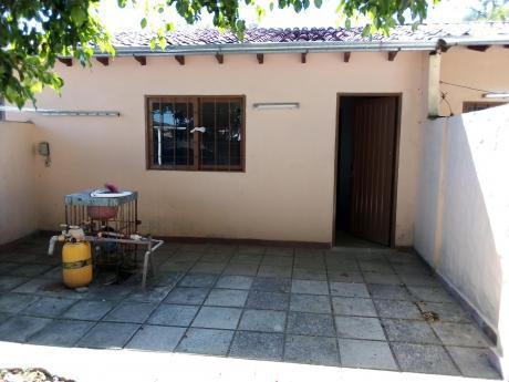 Alquilo Casita En Condominio A 5 Minutos De Avda Santa Teresa Asunción