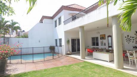 Condominio La Hacienda 1