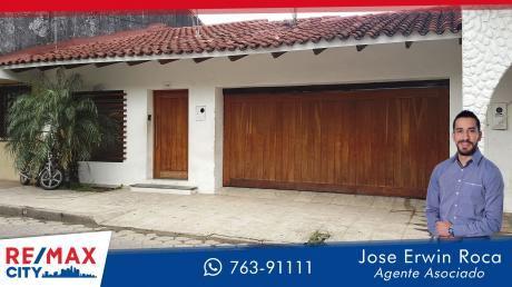 Casa En Venta En C/ Oruro, Paralela Al 1er Anillo Av Viedma.