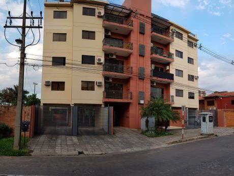 Vendo Departamento De 3 Dormitorios En El Edificio Vittoria