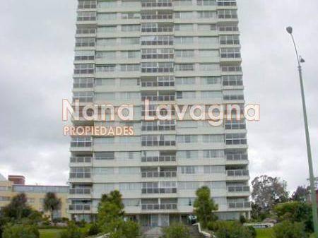 Apartamento En Tunquelen I,  En Venta, Mansa, Punta Del Este, 2 Dormitorios. - Ref: 1811