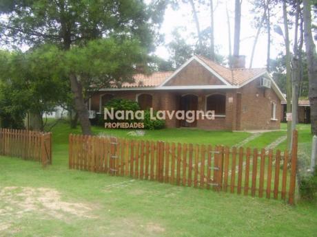 Casa En Venta En Rincón Del Indio - Ref: 204892