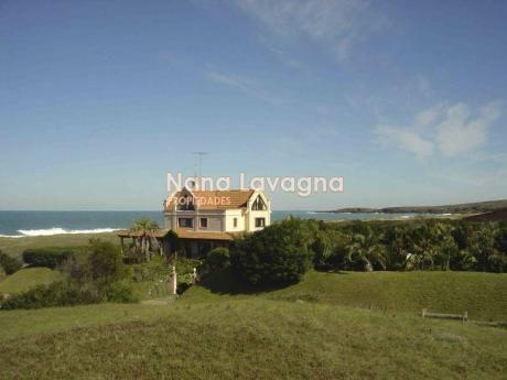 Casa En Venta En Pinares - Ref: 205554