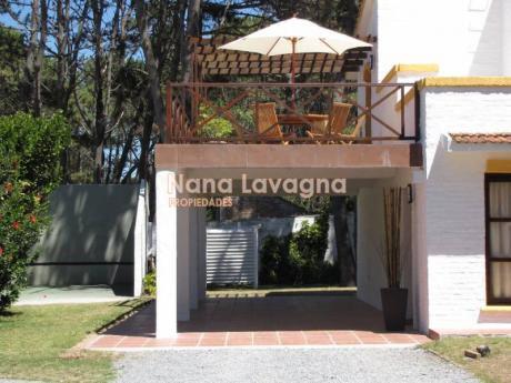 Casa En Alquiler Y Venta En Pinares - Ref: 207779