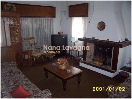 Casa En Venta En Cantegril - Ref: 208754