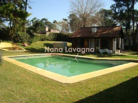 Casa En Venta En Mansa - Ref: 208856