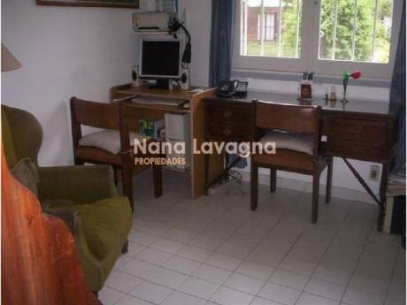Casa En Venta En Cantegril - Ref: 208939