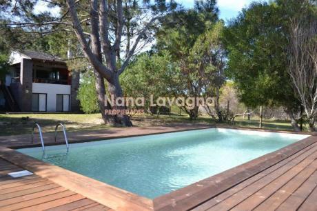 Hermosa Casa Para Vacaciones Ubicada En Jose Ignacio - Ref: 212559