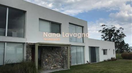 Hermosa Casa En La Barra, Oportunidad De Negocio Y Para Vivir - Ref: 212582