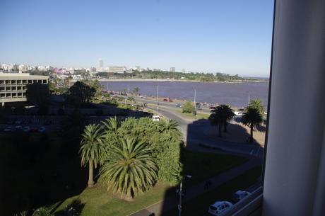 Lamaro  I Vista Al Mar, 2 Dorm, 2 BaÑos Y Garage.
