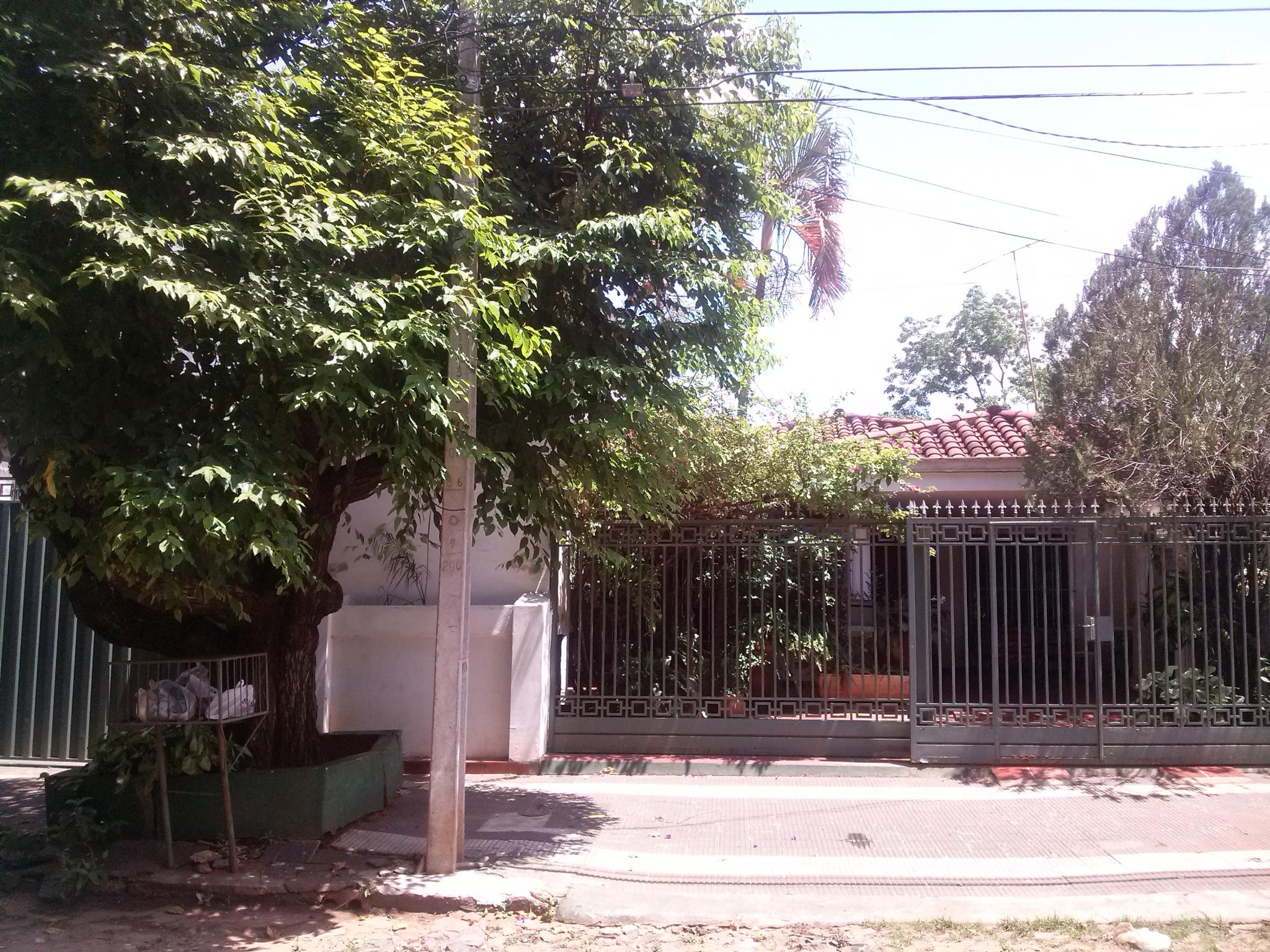 Casa A La Venta En Barrio Los Laures