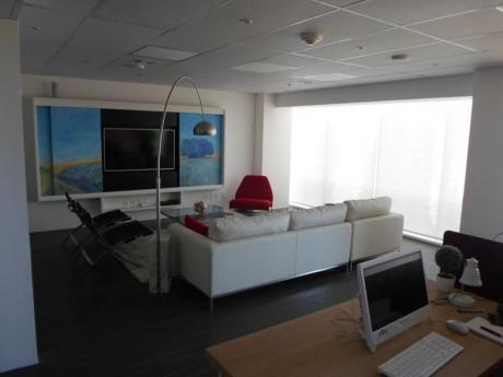 Wtc Torre 4. Oficina Equipada. Vistas Al Puerto Del Buceo.