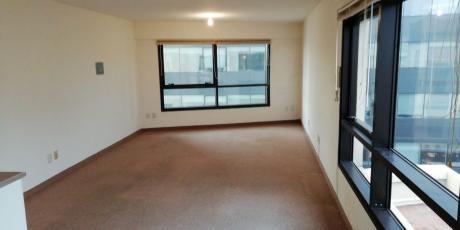 Oficina Ideal, Con Vista A Plaza Independencia - Piso 9 - Torre X