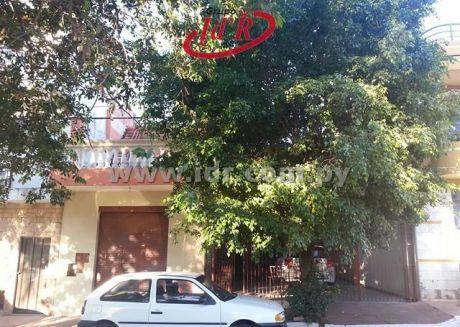 Especial Para Inversionistas Vendo Casa Con Dos Dptos Y Un Salon Comercial En 4 Mojones - Www.idr.com.py