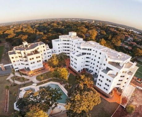 Alquilo Hermoso Departamento De 2 Dormitorios En Condominio Gs. 4.500.000