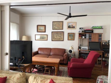 Amplio Y De Estilo, 3 Dormitorios Y Garage.