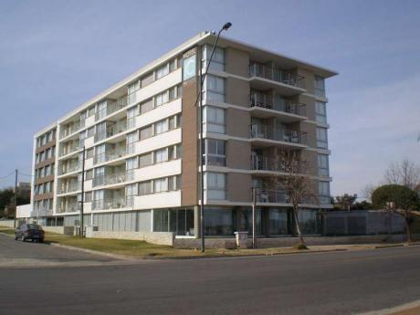 Altos Del Virrey - Torre I - Unidad   204