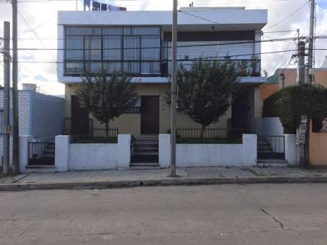 Casa De 2 Dormitorios + Altillo En La Unión!