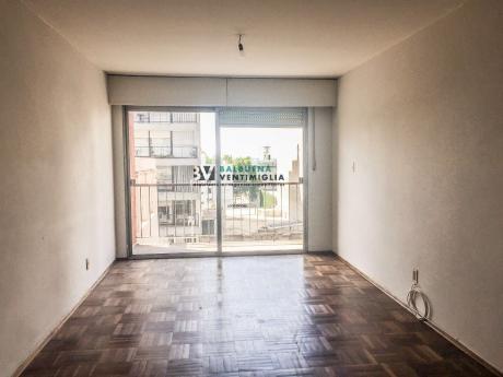 Apartamento De 3 Dorm Y Garaje En Alquiler – Cordon