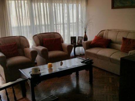 Apartamento De 4 Dormitorios En Cordón