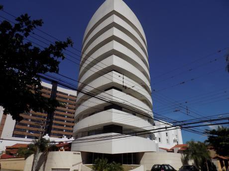 Departamento En Venta, Condominio Torre Roca Equipetrol C/ Enrique Finot