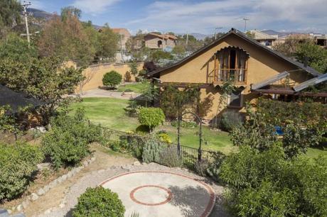 Hermosa Y Encantadora Casa En Tiquipaya