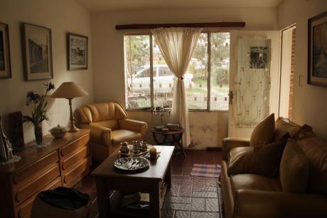 Casa En Gran Terreno Solymar, A Dos De Giannatassio Al Norte.