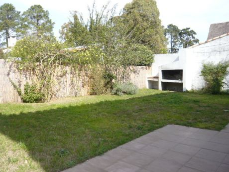 Pque Miramar, Garcia Lorca / Opcion Muebles
