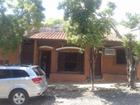 Casa En Esquina Ideal Para Duplex (barrio Obrero)