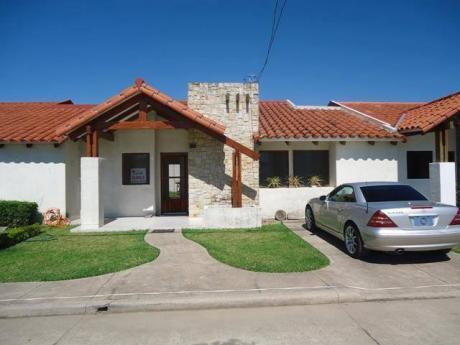 Hermosa Casa En Alquiler En Condominio Zona Norte!!!