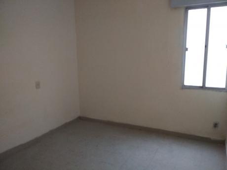 Apartamento De 1 Dorm C / Patio En Jacinto Vera