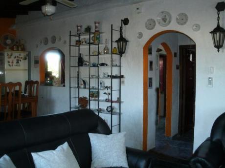 Casa Y Local Comercial En Venta En Barros Blancos