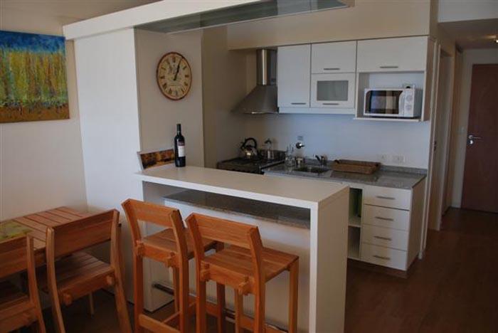 Tips para aprovechar al m ximo el espacio de tu - Aprovechar espacio cocina ...