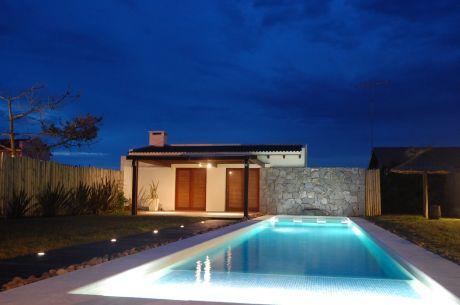 1era Fila Al Océano. Moderna Casa, Pileta Con Cascada, Wifi