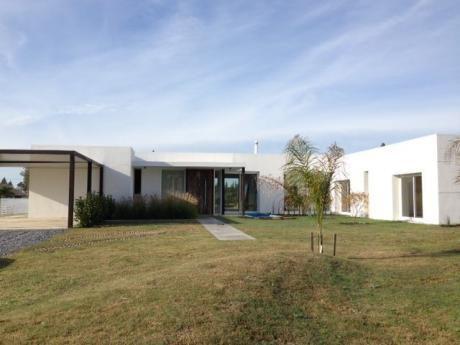 Esplendida Casa Minimalista En Carmel