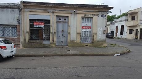 Casa En La Unión + Local, A Reciclar, Esquina