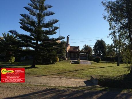 Casa Con Piscina A 1/2 Cuadra De La Playa - Ref. 191 - Inmobiliaria Calipso -