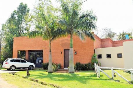 Casa De 4 Dormitorios En Surubi