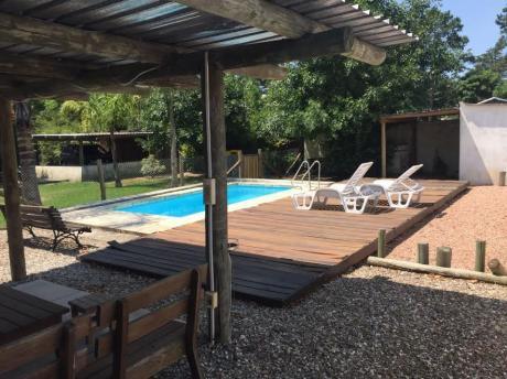 Se Vende Casa En El Pinar Sur Próxima Al Arroyo. Divina!!