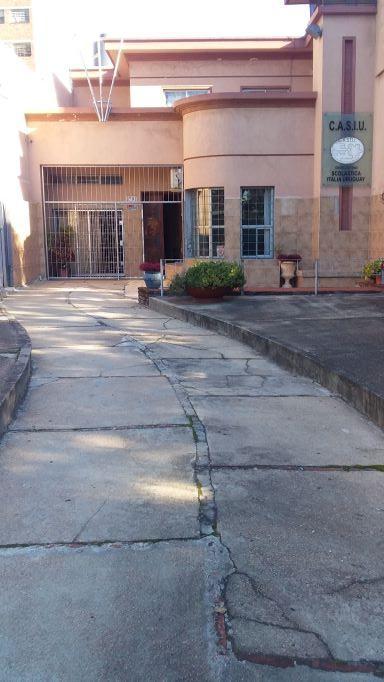 Excelente Ubicación, Gran entrada, posible jardín al frente, Gge, Bcoa y Patio