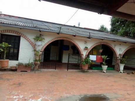 Casa En Venta Urb. Guaracachi Sup. 360 Mts2