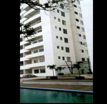 Vendo Hermoso Departamento A Estrenar En Condominio En La Zona Norte Av. Juan Pablo II, 5to. Anillo.