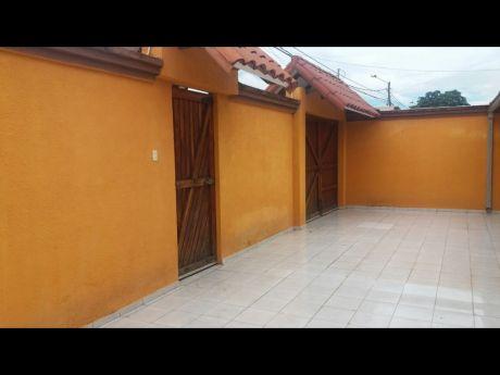Vendo Hermosa Casa, Ubicada Zona Sur UrbanizaciÓn El Palmar.