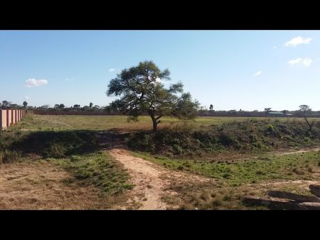 Terreno Ideal Para  Maquinaria Pesada, Camiones De Alto Tonelaje, Empresas.
