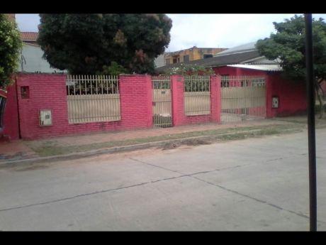 Vendo Amplia Y Funcional Casa En La Zona Cumavi