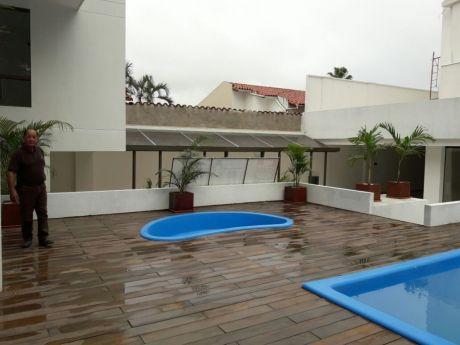 Vendo Espectacular Departamento En Condominio, Ubicado En La Mejor Zona Sur A Pocos Metros De La Av. Irala