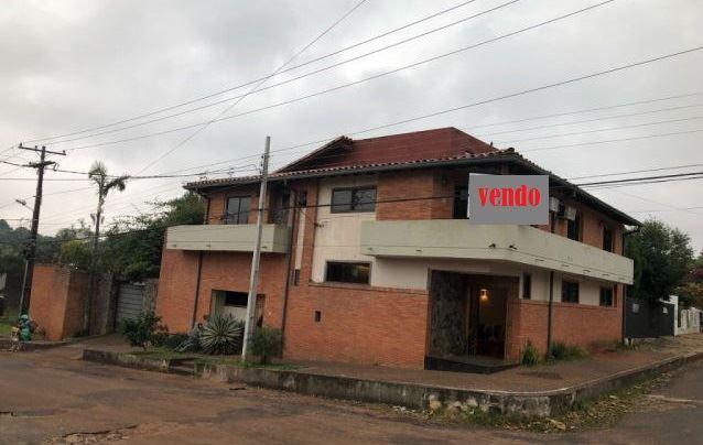 Casa Residencia En Villa Elisa.