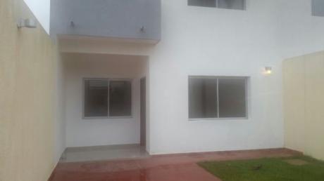 Casa A Estrenar De 2 Plantas En La Zona Sur 6to Anillo Santos Dumont