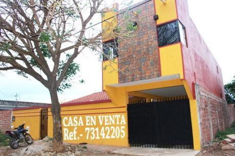 Casa En Venta Urb Los Claveses
