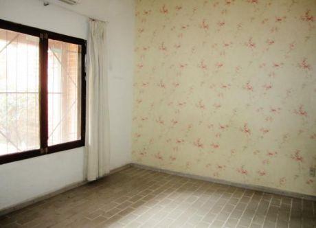 Bonita Casa En Venta!!! Salida A Dos Calles Ideal Para ...